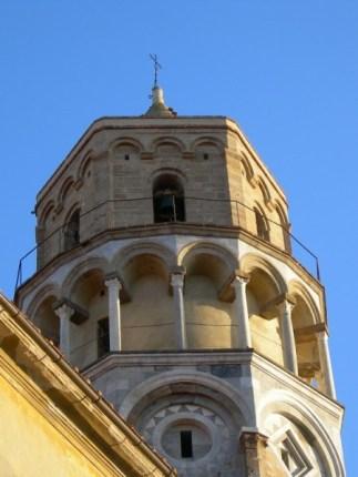 La torre pendente della Chiesa di San Nicola